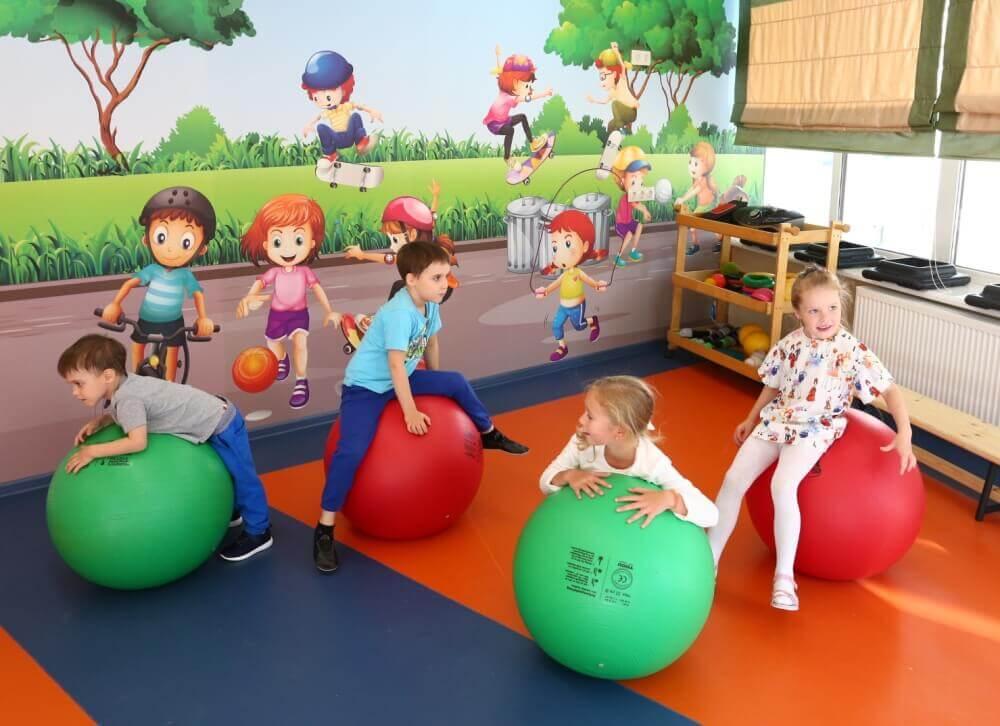 Детские фитболы